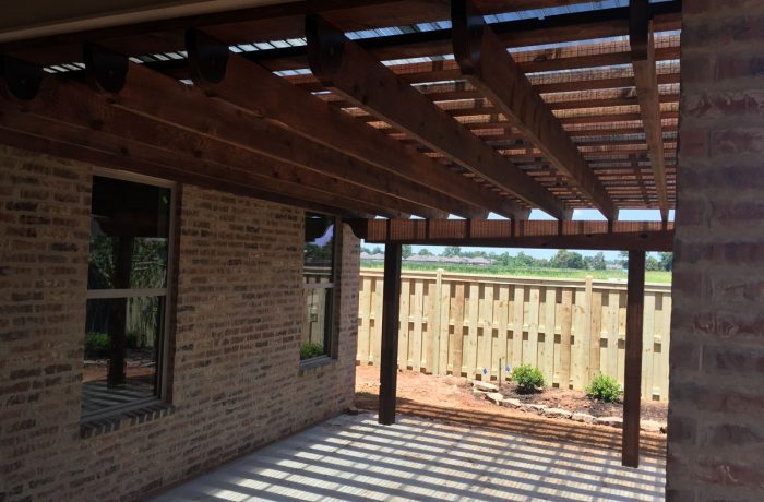 Sunset Universal Pergola Attachment System: Polycarbonate Sheets