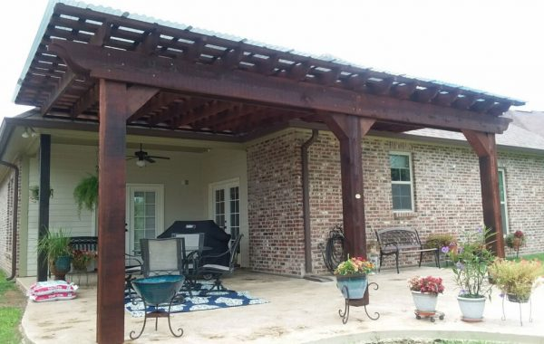 Attached Pergola to House 01