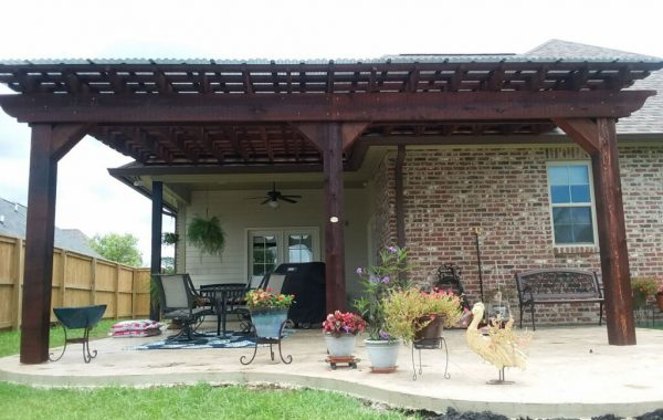 Attached Pergola to House 02